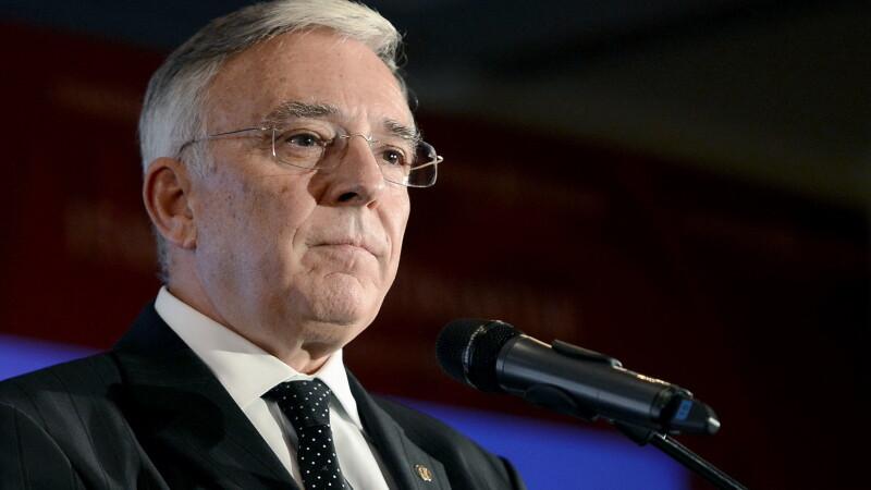 Mugur Isarescu, la al cincilea mandat ca guvernator al BNR. Ce obiectiv si-a stabilit pentru aderarea la zona euro