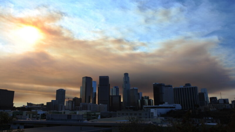Poluarea din China a ajuns in Los Angeles. Cum au pierdut americanii pe mana lor