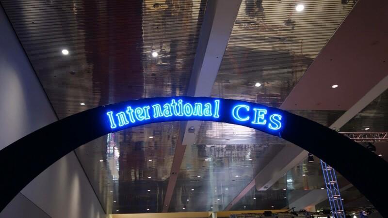 Incepe CES 2015, cel mai mare targ de tehnologie din lume. Toate noutatile din Las Vegas sunt pe StirileProTV.ro
