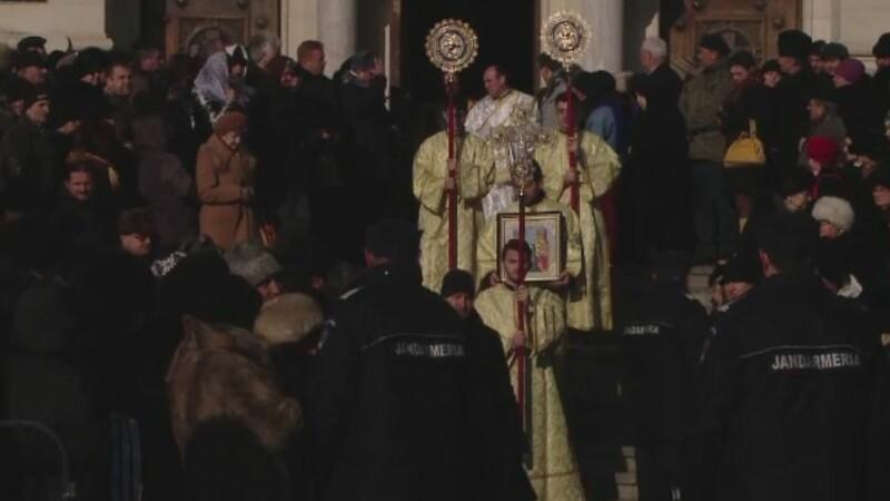 BOBOTEAZA. 3.000 de credinciosi au participat, marti, la slujba de la Catedrala Mitropolitana din Cluj