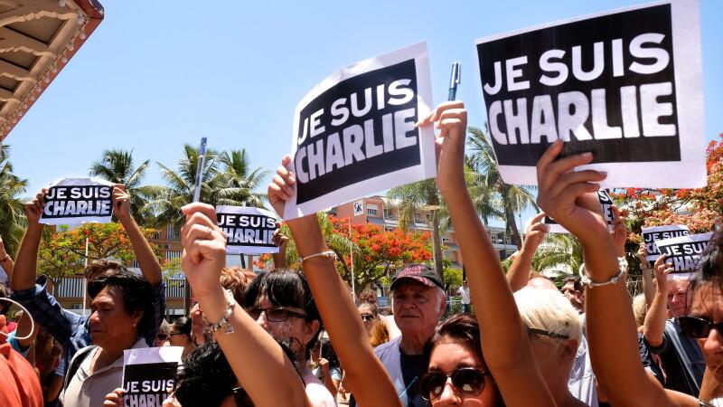 Decizia supravietuitorilor masacrului de la Charlie Hebdo. Numarul urmator al revistei apare in numar-record de exemplare