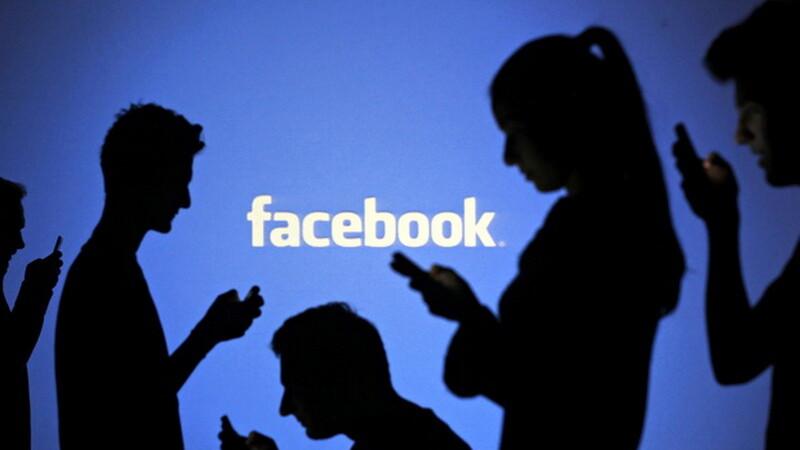 Facebook te cunoaste mai bine decat membrii propriei tale familii. Cum pot fi folosite