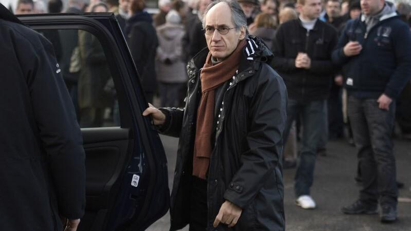 Redactorul-sef Charlie Hebdo: De fiecare data cand facem un desen cu Mahomed sau Dumnezeu, aparam libertatea religioasa