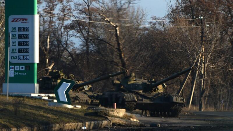 Kiev: 700 de soldati rusi au trecut granita, luni, in Ucraina ca sa-i ajute pe separatistii din Donbas