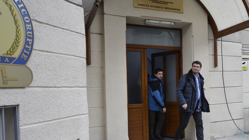 Fostul secretar de stat Ovidiu Putura a fost arestat. A amenintat o judecatoare: Ii dau doi pumni in gura, o calc cu masina