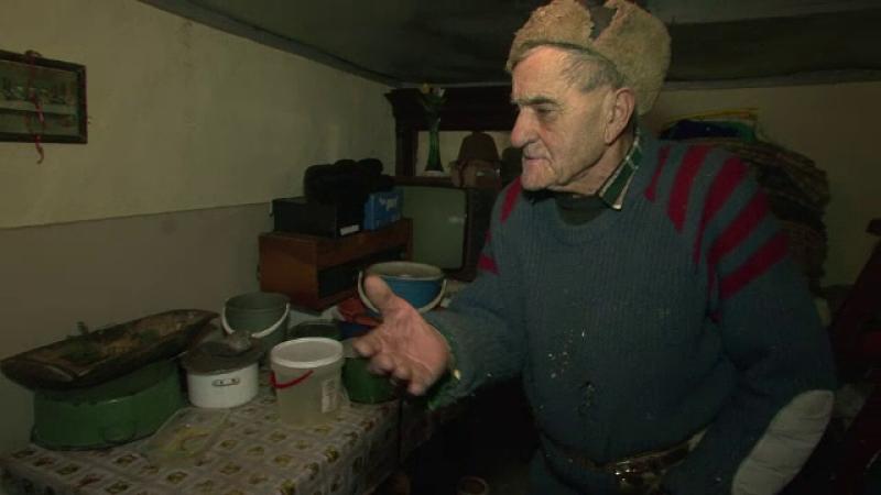 Doi hoti au jefuit un batran de 89 de ani din Suceava. S-au prefacut ca vor sa cumpere porumb, apoi au fugit cu 15.000 de lei