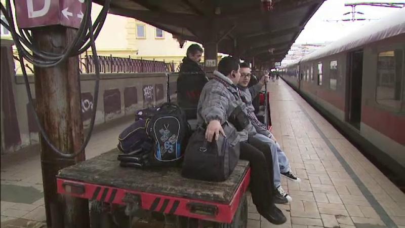 persoane cu dizabilitati tren