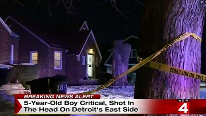 SUA: Copil de 5 ani impuscat in cap in timp ce se juca in casa