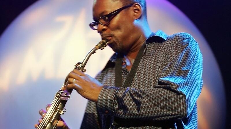 Ravi Coltrane, fiul inegalabilului John Coltrane, concerteaza la Bucuresti. Artistul isi promoveaza cel mai nou album
