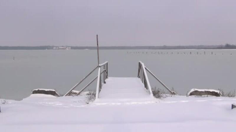 Lacul Sarat