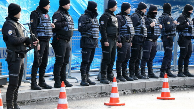 Autoritatile kirgize: Detinatorul pasaportului vehiculat in presa nu mai este suspect in atacul din clubul din Istanbul
