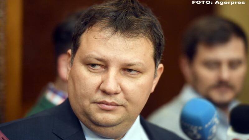 CV-ul ministrului propus la Energie, Toma Petcu, plin de greseli. Ce explicatii a gasit, dupa ce a fost intrebat de presa