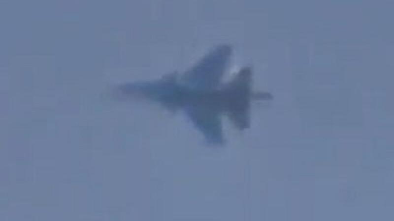 Rusia acuza NATO ca a fost la un pas sa ii distruga un avion de pasageri.