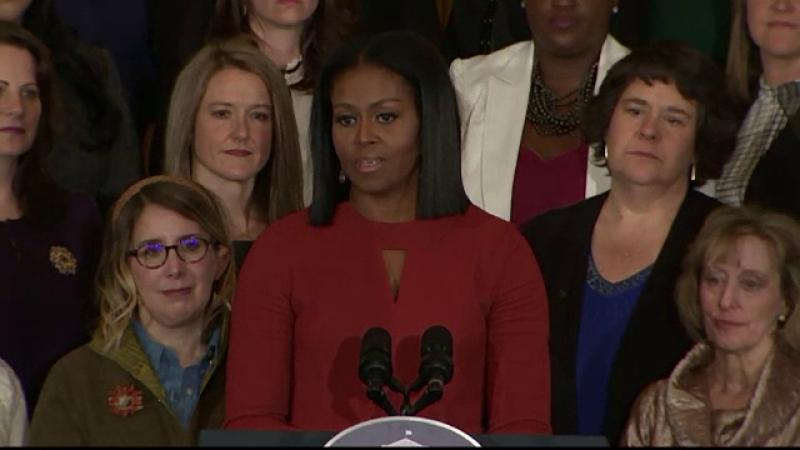 Michelle Obama a incheiat in lacrimi ultimul discurs la Casa Alba.