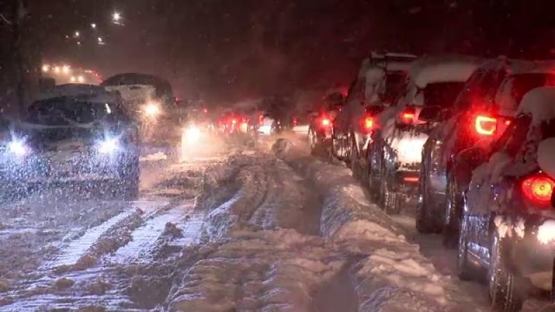 Viscol puternic in estul si sudul Statelor Unite. Copiii au ramas blocati in scoli pana noaptea tarziu