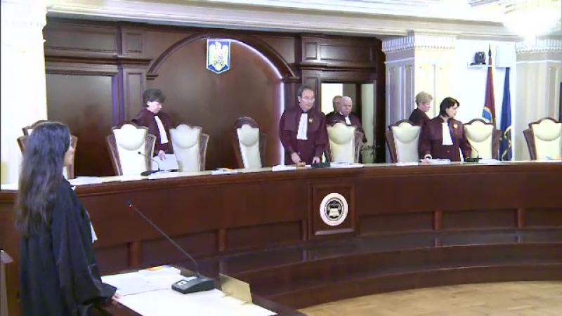 CCR a admis sesizarea lui Iohannis privind Legea care reglementează detenția la domiciliu