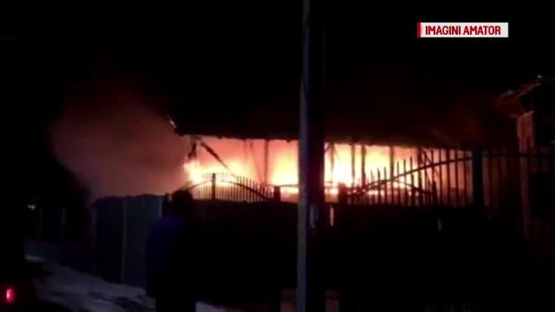 O familie din Targu Jiu a ramas fara casa proaspat construita. Specialistii recomanda curatarea hornurilor
