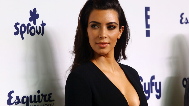 Kim Kardashian, agresata de un hot la Paris.