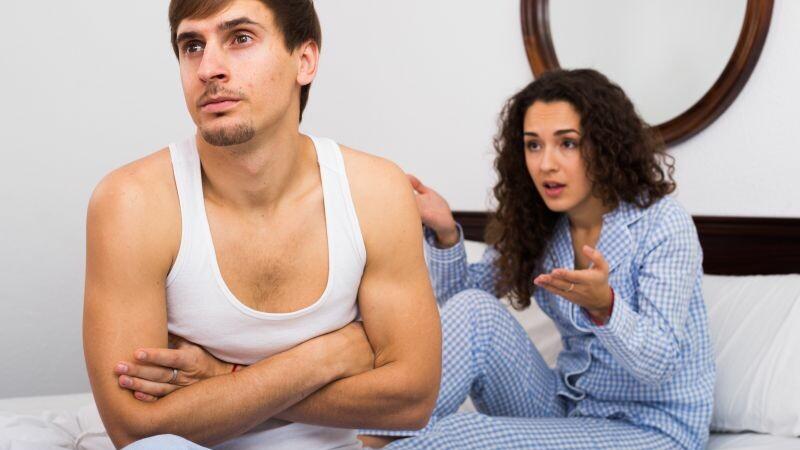 Un barbat a aflat printr-un SMS de la sotie ca de doi ani il insala. Replicile brutale care au urmat imediat dupa