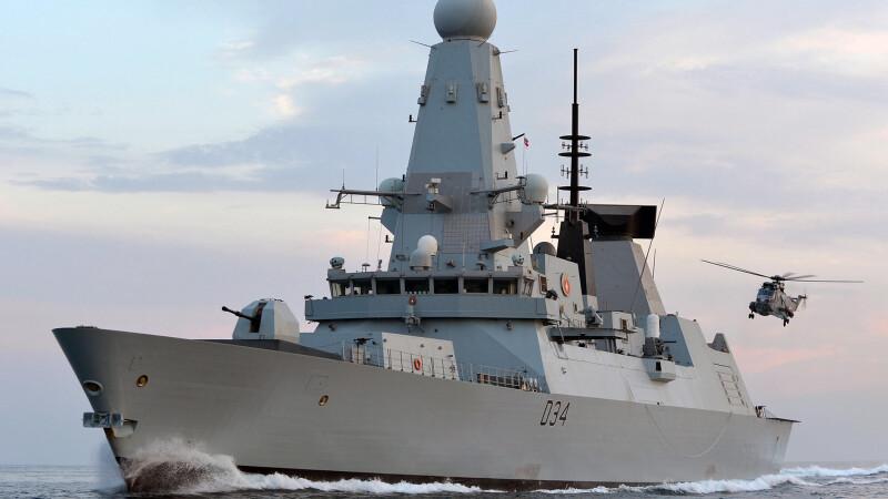 Premierul britanic trimite in Marea Neagra una dintre cele mai avansate nave de lupta.