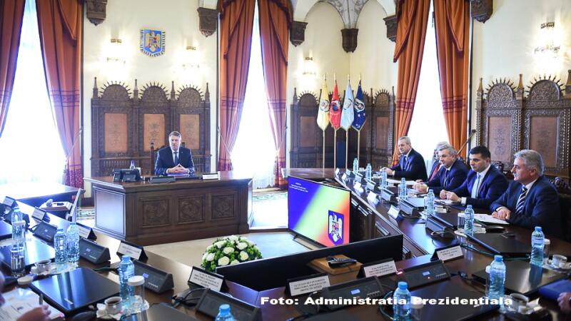 Seful CSAT, Klaus Iohannis, a avizat favorabil bugetele pe siguranta nationala.
