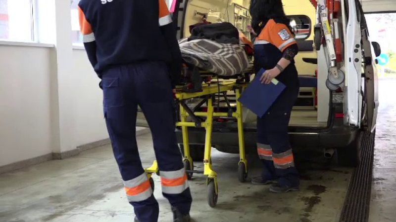 O femeie a făcut peritonită și a murit, după ce a fost tratată doar pentru glicemie mărită
