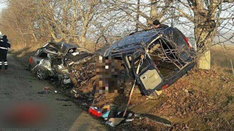 Accident extrem de grav în Moldova: 5 morţi şi 2 răniţi în stare gravă