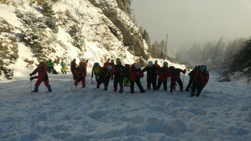 Detalii despre alpinistul prins de avalanşă. Anunțul făcut de Salvamont Prahova