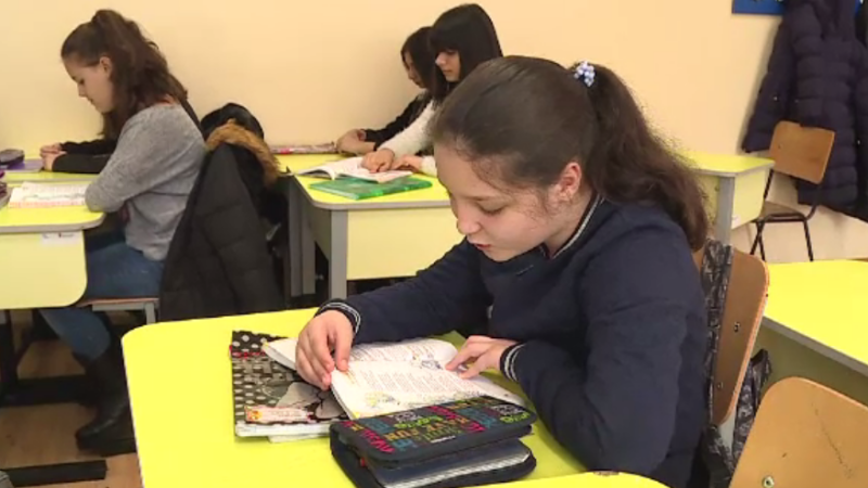 """Elevii români, despre opera lui Mihai Eminescu: """"Exprimările lui sunt prea siropoase"""""""