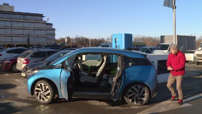 Statul român promite mai multe prize pentru mașinile electrice, pentru a încuraja vânzările