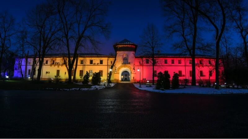 Palatul Cotroceni a fost luminat în culorile tricolorului