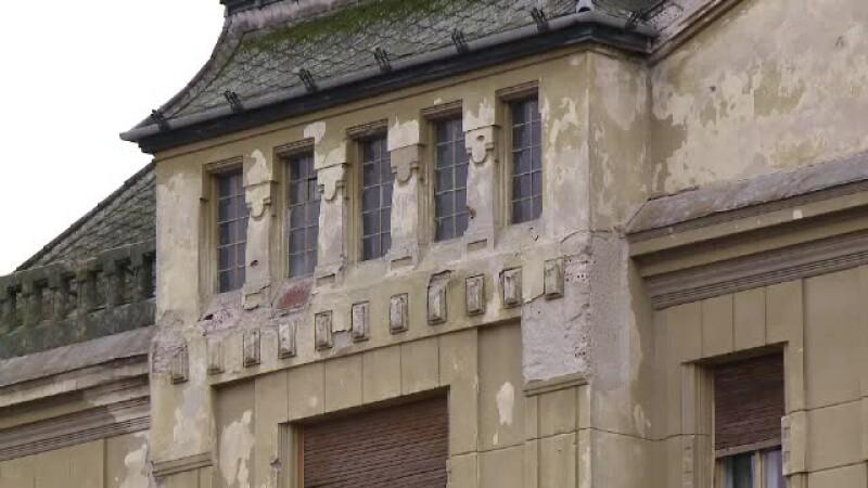 cladire in paragina in Timisoara