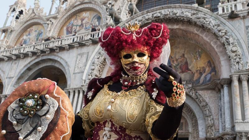 S-a dat startul Carnavalului de la Veneţia