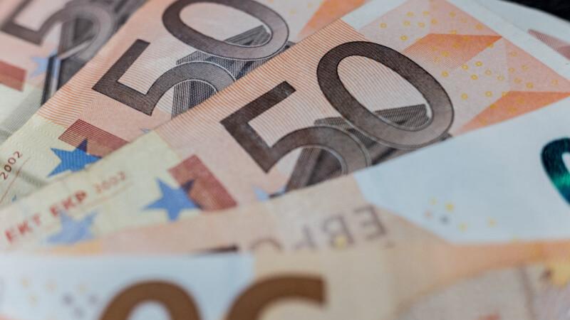 Ce a păţit un român care nu și-a plătit ratele pentru un televizor cumpărat din Germania