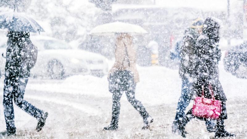 Vreme, ninsoare, meteo