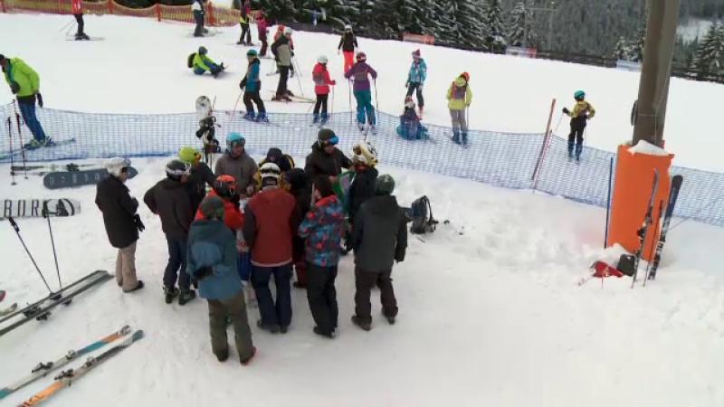 Păltiniș, raiul pasionaților de sporturi de iarnă. Pârtiile sunt ocupate de bicicliști