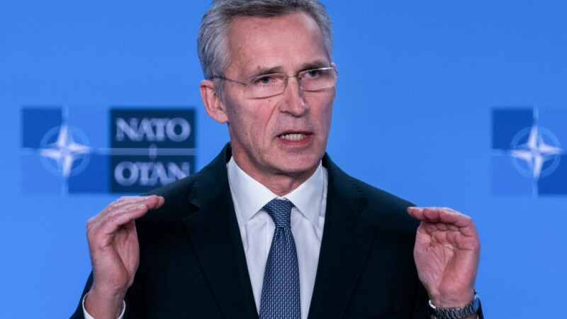 Stoltenberg: România are o contribuţie esenţială în securitatea la Marea Neagră