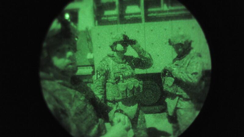 militari romani si americani in Irak