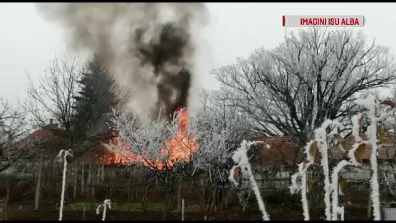 Incendiu violent în Alba Iulia