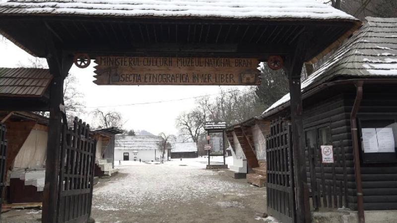 Muzeul etnografic, din vecinătatea Castelului Bran, riscă să dispară