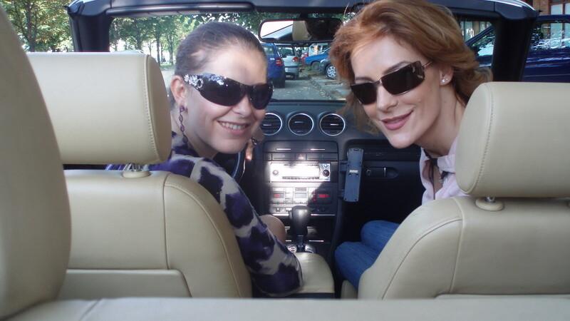 Rita Muresan si Roxana Ciuhulescu