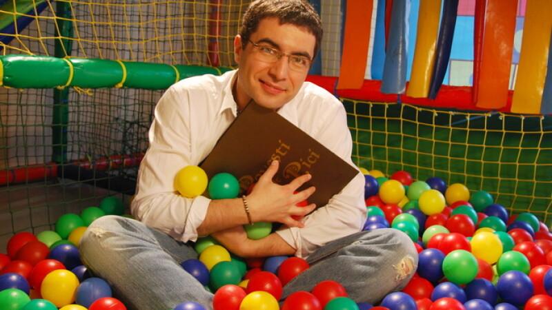 Cristian Leonte este noua vedeta ProTV care spune povesti de pici!