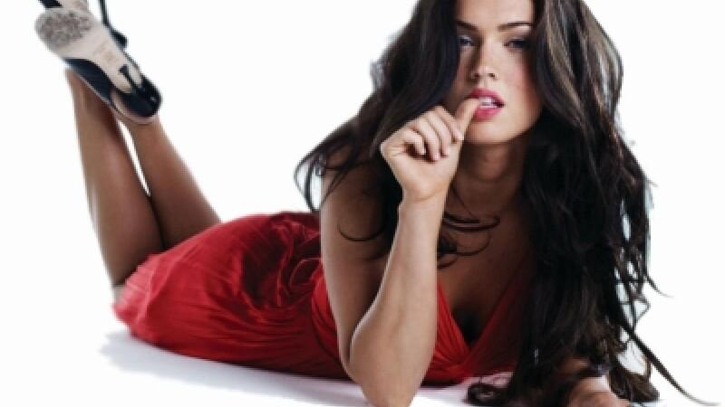 Megan Fox, cam masochista: ii place sa fie acoperita cu voma si sange!