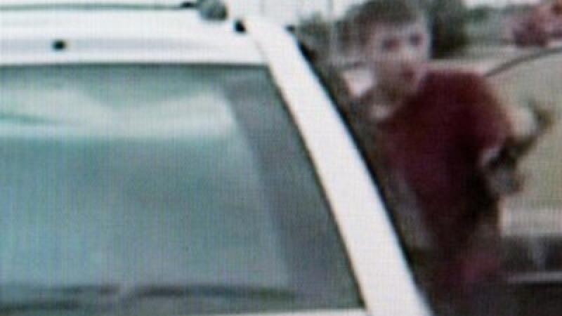 Doi politisti, ucisi cu un AK-47, de un adolescent de 16 ani. Vezi video!