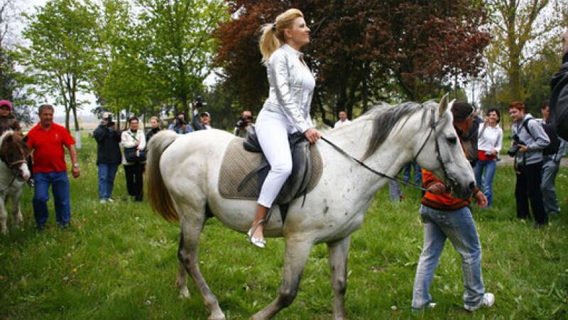 "Ce vor face turistii straini in ""gradina"" Romaniei. Reportaj din China"