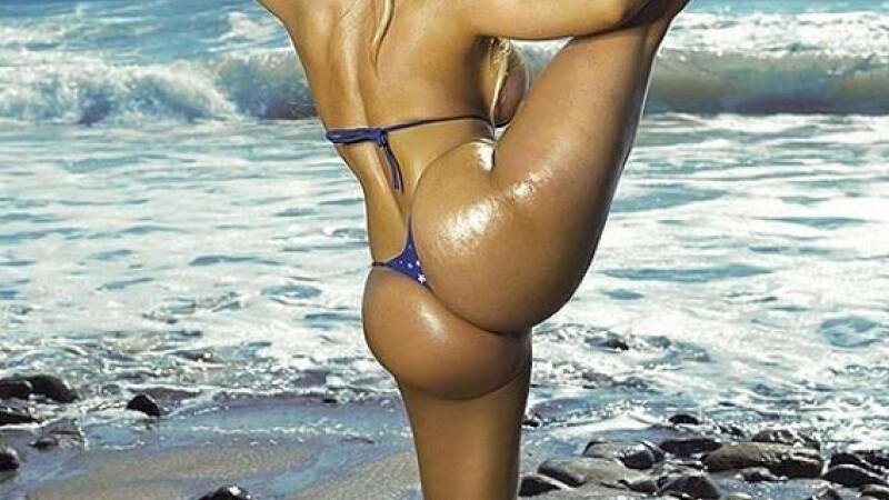 Coco pe plaja