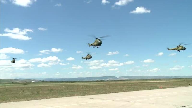 elicoptere Campia Turzii