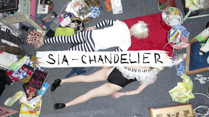 Sia canta LIVE intr-o emisiune TV. Momentul care a bulversat publicul, dar pe care nimeni nu ar fi vrut sa-l rateze