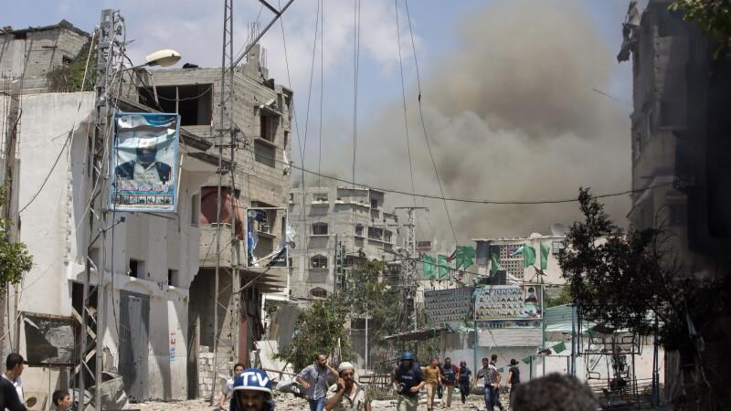 Hamas revendica lansarea a 3 rachete catre Aeroportul din Tel Aviv. Peste 800 de palestinieni morti de la inceputul ofensivei