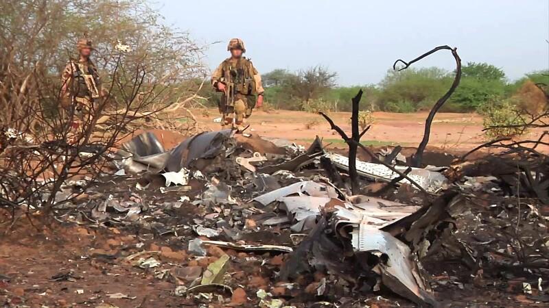VIDEO. Primele imagini cu resturile avionului Air Algerie, prabusit in Mali. Care sunt posibilele cauze ale dezastrului